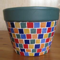 Mosaïque de couleur en pot